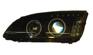 FOCUS '05 HEAD LAMP WITH