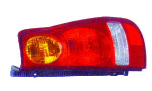 MATRIX'01-'05 TAIL LAMP