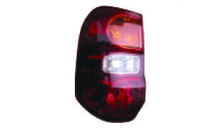 RAV4 '02 TAIL LAMP