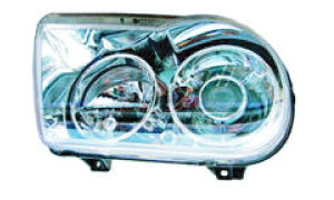 CHRYSLER 300C  HEAD LAMP