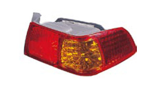 CAMRY '01 TAIL LAMP