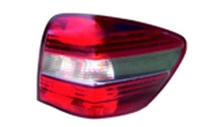 M-CLASS ML164 TAIL LAMP(WHITE/OUTER)