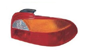 AVENSIS '98-'02 TAIL LAMP