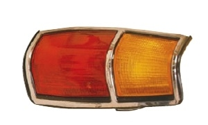 PICK-UP 720 '83-'85 TAIL LAMP CHROMED