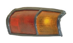 PICK-UP 720 '83-'85 TAIL LAMP