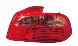 AVENSIS'01-'02  TAIL LAMP