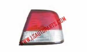 SUNNY B15'00-03 TAIL LAMP RED/WHITE
