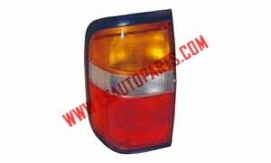 PATHFINDER TERRANO '96 TAIL LAMP